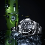 08_Rolex_Deepsea_Challenge_and_the_Deepsea_Challenger_red_firma