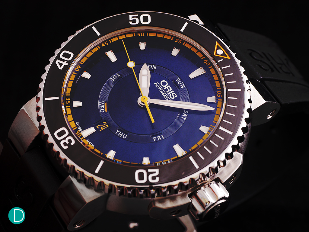 Oris Great Barrier Reef Limited Edition II. Clear legible markings on the dial and dive bezel.