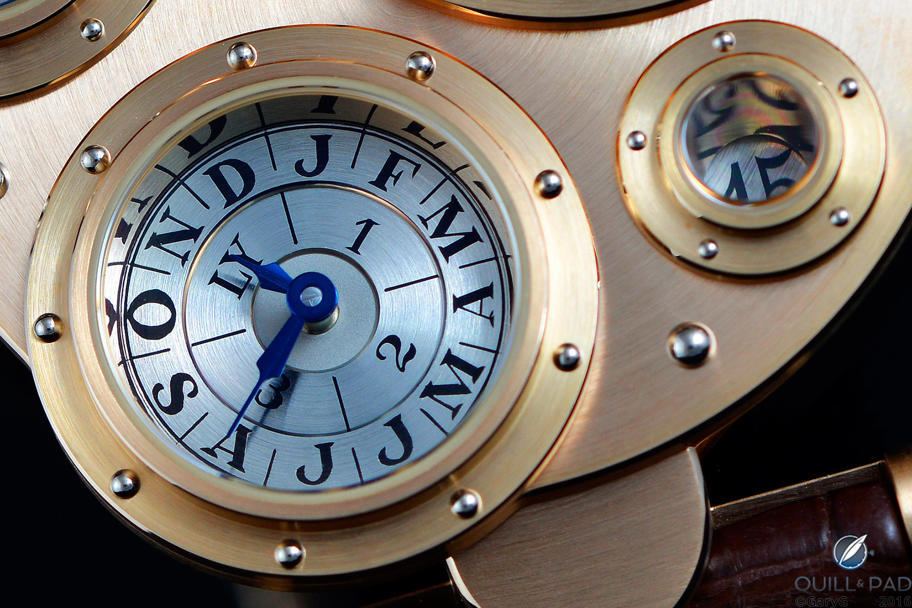 Reflects well on you: dial detail of Vianney Halter's Antiqua showing polished flange