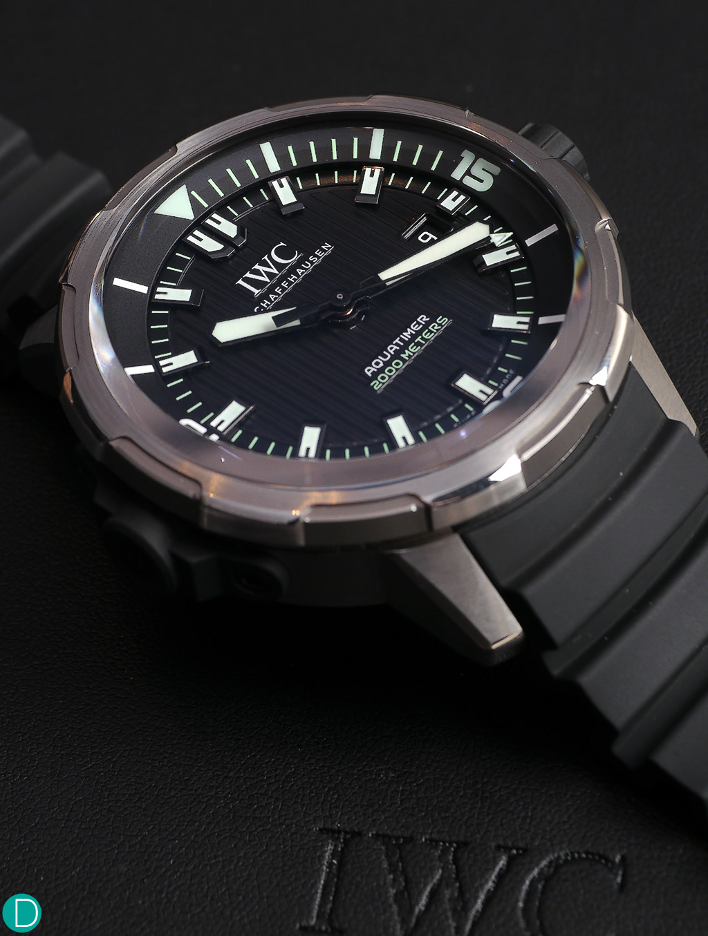 The IWC Aquatimer Automatic 2000, in one of the two available dial variations.