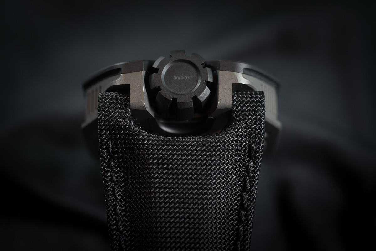 Urwerk UR-105 TA Clockwork Orange 8