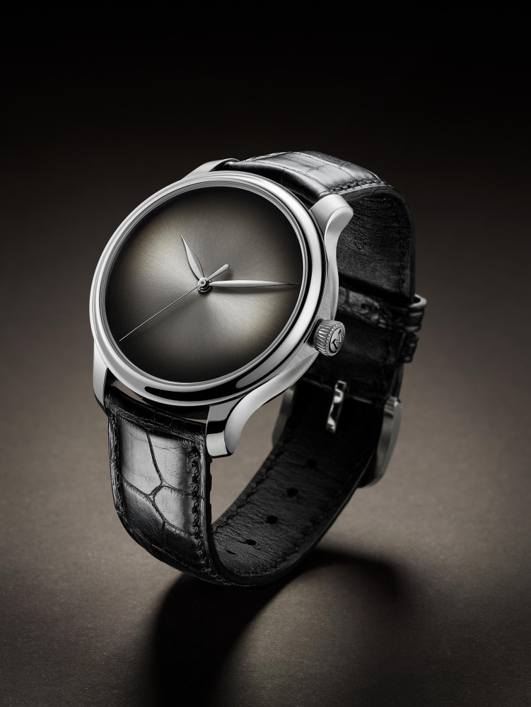 Moser_Cie_Concept_Watch_white_gold_fume_1343-0XXX