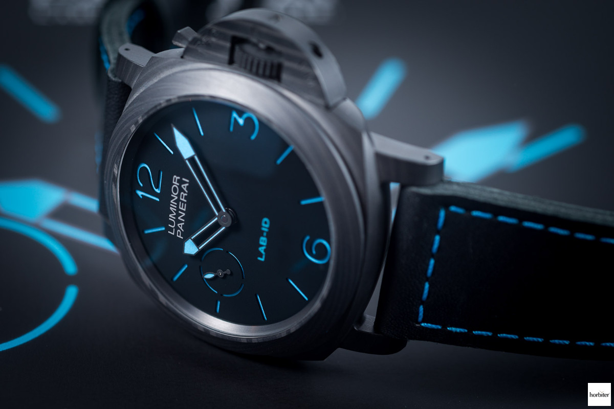 Panerai-Lab-ID-Luminor-1950-Carbotech-3-Days-pam700-49mm